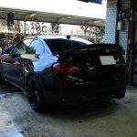 BMW-M2-ブラックサファイヤ、その美観-Stronger by用賀店