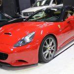 Ferrari californiaにグロスカーボンでルーフラッピング!