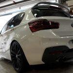 BMW-F20にBRAVEガラスコーティング&テールレンズスモークペイント