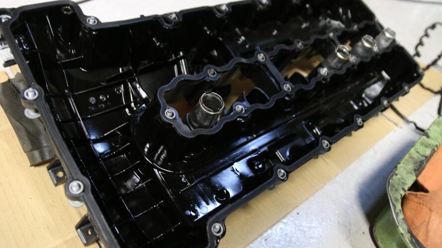 E89Z4なお客様の、ヘッドカバー交換。
