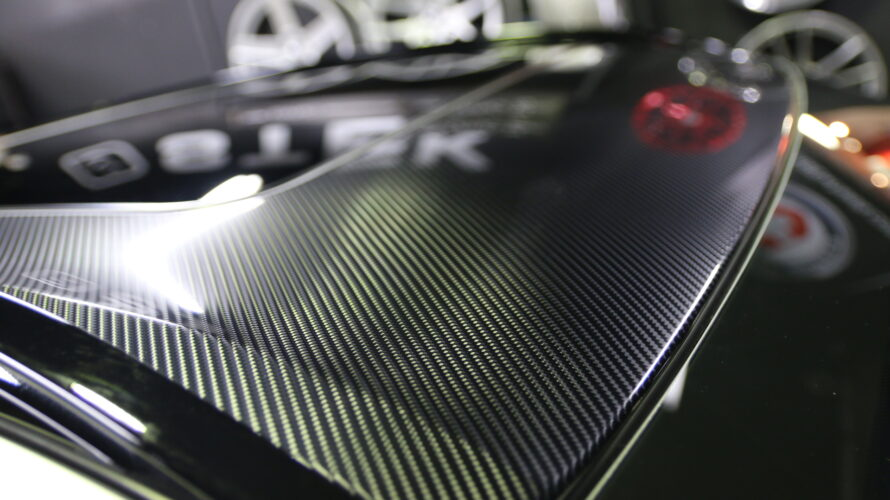 G05X5に、STEK DYNO Carbon Glossでルーフラッピング!